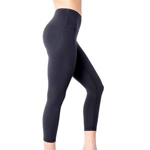 Yogalicious Lux Small Cropped Leggings Black Soft Yoga Bottoms High Waisted